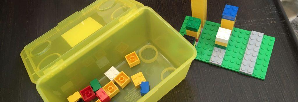 Tijdens de workshop blockchain gebruiken we Lego om de technologie duidelijk uit te leggen